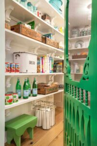 17 Superior Pantry Shelving Concepts to Make Your Pantry Extra